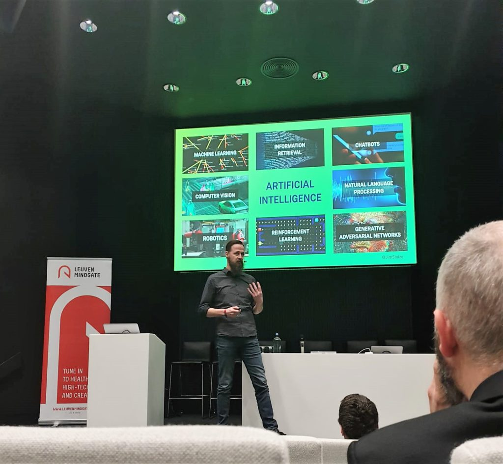 """Jim Stolze, Tech Entrepreneur and CEO Aigency & founder of the Dutch National AI course, opens the seminar with the question, """"When will we accept Artificial Intelligence?""""  and discusses how to accept technology today."""